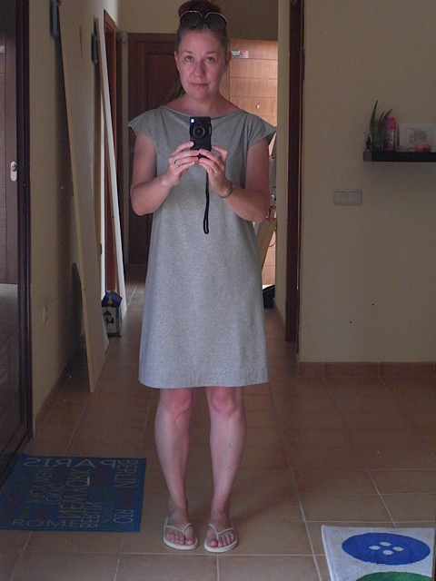 Grey jersey dress. I love this one. Have to say these jersey dresses are so comfortable to wear.