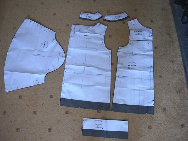 lengthened bodice front & back, and also made cuffs and facings a bit deeper. Makes them easier to work with.
