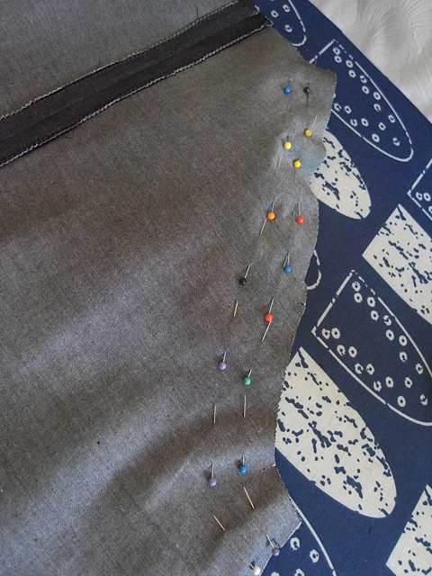 Pins for the raglan sleeves.