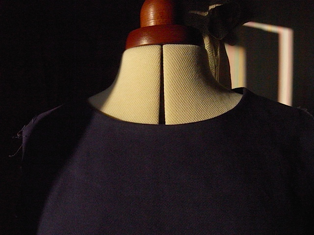 Just look at that lovely neckline.